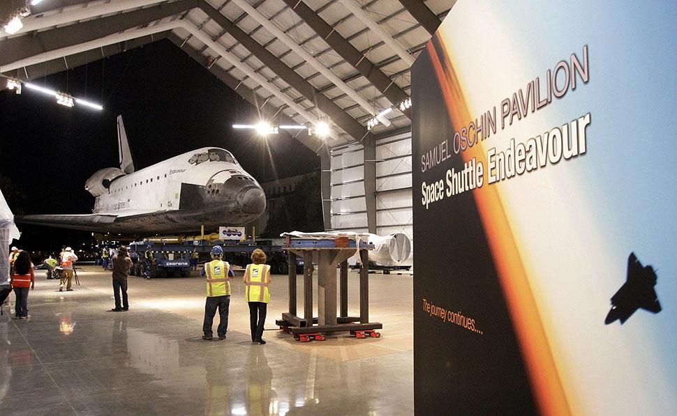 samuel oschin space shuttle endeavour display pavilion events - photo #20